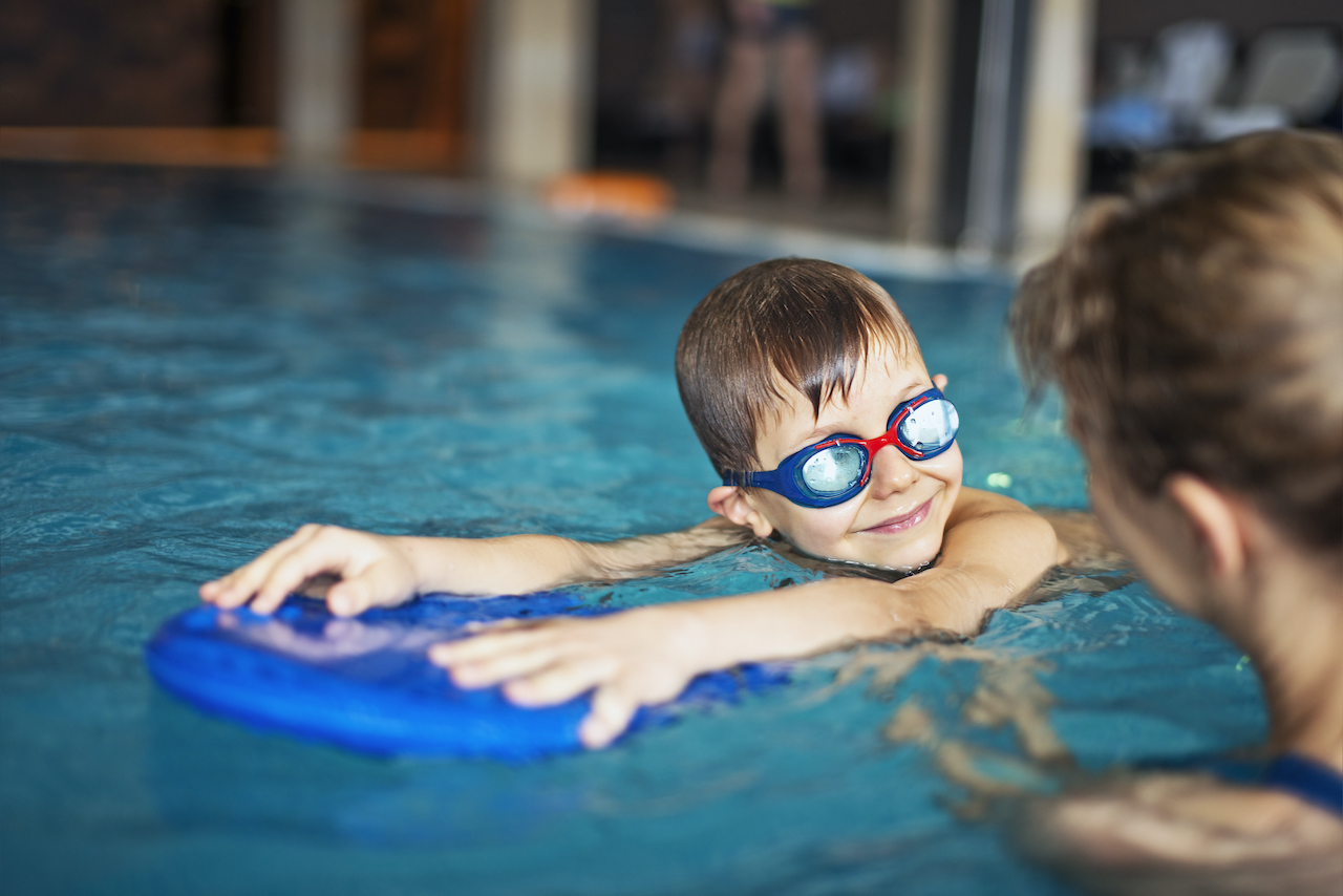 Why Choose Private Swimming Lessons For Your Kids?